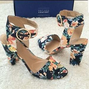 NWT Floral Anklestrap Sandals
